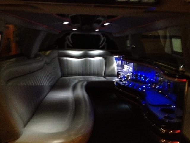 location limousine route des vins provence avec chauffeur. Black Bedroom Furniture Sets. Home Design Ideas