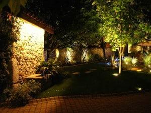 éclairage-LED-pour-jardin